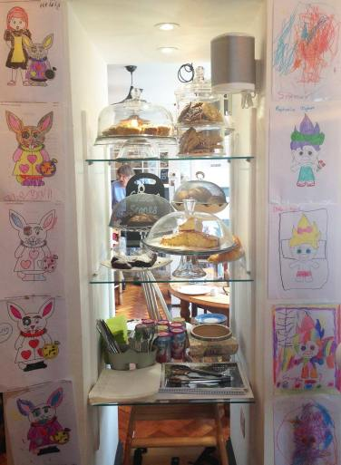 Cakes and Kids Art