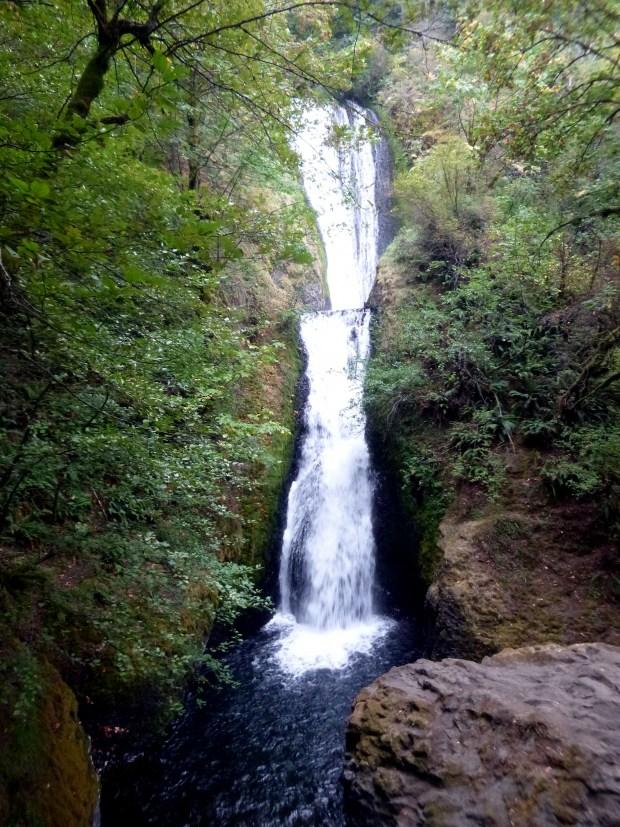 Bridal Veil Falls from trail, Oregon