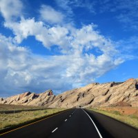 Viewpoints and Walks on I-70 in Utah
