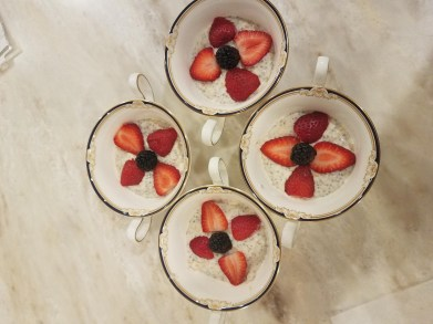 Overnight Oats with chia seeds and fruit