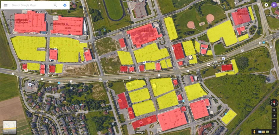 Basic sketching of free parking lots (yellow highlite) and commercial buildings (red highlite).