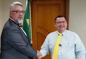 Embajador de Brasil y Dr. Alvaro Leiva S.