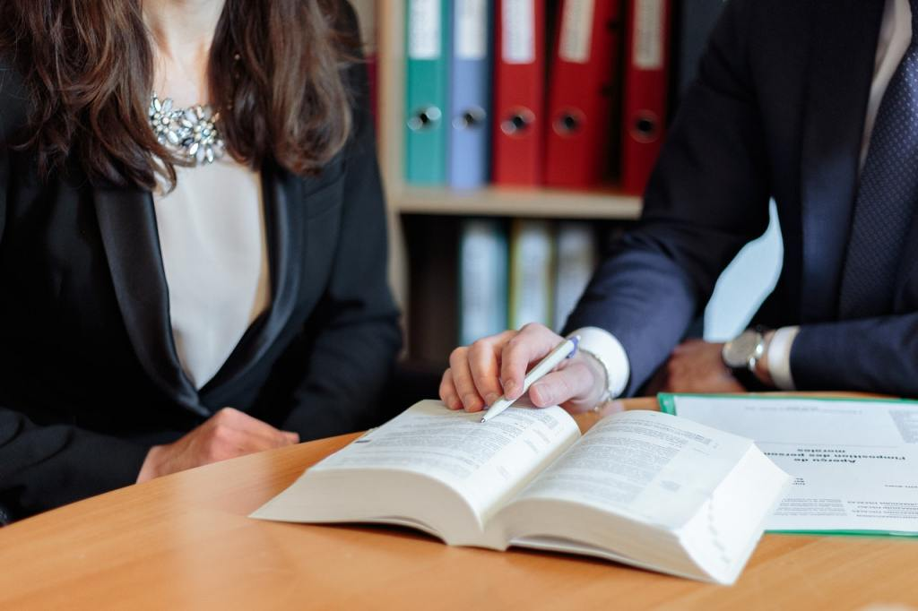 Rinnovi contratti a tempo determinato: Quando scatta l'assunzione a tempo indeterminato? Consulenti del lavoro