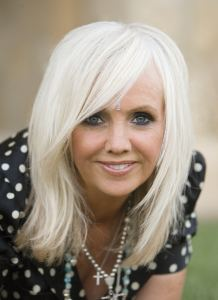 Rhonda Byrne - an quach