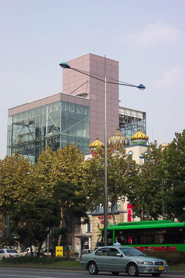 2004 Văn phòng Kiến trúc sư Phòng thí nghiệm Phong cách Ferrari Space 2: Kiến trúc sư Ahn Eung-jun