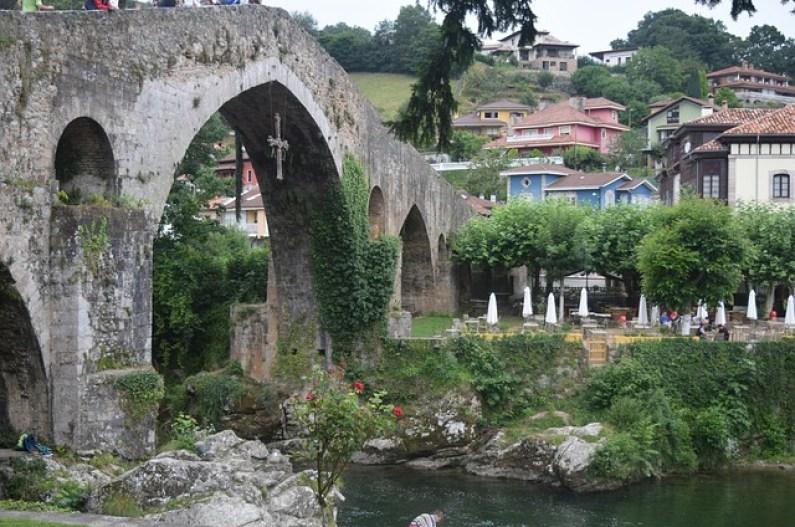 Cangas de Onís. Asturias. Lugares baratos.