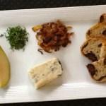 gorgonzola caramelized onion pear crostini ingredients