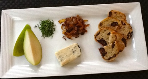 gorgonzola caramelized onion pear crostini ingredients
