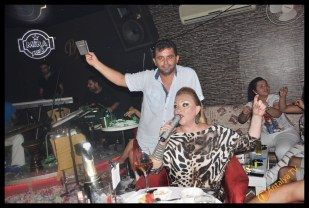 Güllü - Mira Alaturka- Behnan Suat Zor- Antalya Tv- Antalya TV Gece Muhabiri Fırtına Rüya Kürümoğlu136
