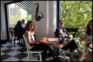 Talya Cafe Bistro- Nuri Alço, Fidan İlteray, Antalya TV, Muhabir Rüya Kürümoğlu (124)