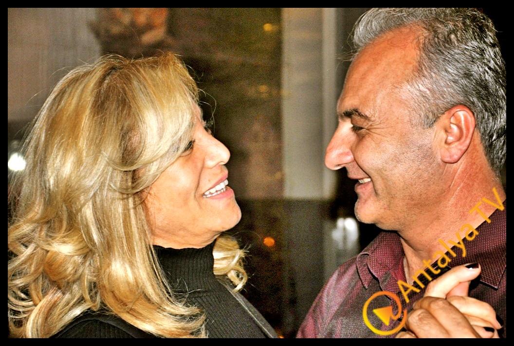 21. Evlenme Yıldönümlerini Zerhoş'da Kutladılar…