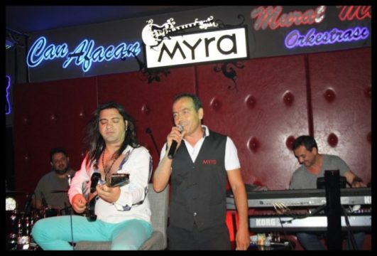 Myra Beach Bar- Can Afacan- Murat Mert Orkestrası-  Ali Purtul (22)