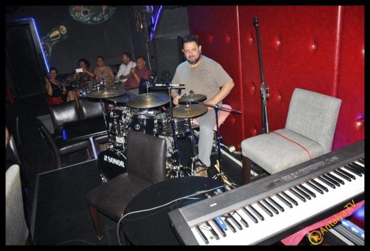 Myra Beach Bar- Can Afacan- Murat Mert Orkestrası-  Ali Purtul (27)