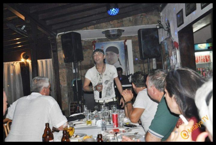 Kıbrıs Ada TV-  Tavukçu Show – Burhan Çapraz- Antalya TV- Muhabir Rüya Kürümoğlu- Prens Boran (130)