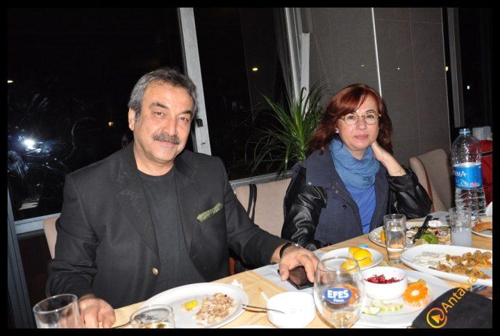 Mayhosh Restaurant, Necip Nugay (1)