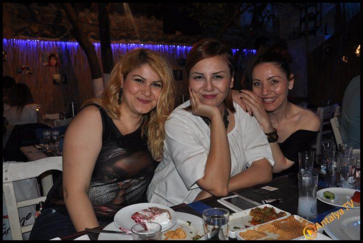 Mavi Meyhane- Mustafa Demirel  (53)