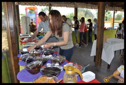 Nallı Bahçe  At Çiftliği Restaurant (2)