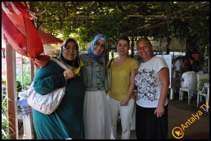 Kadınlar Kulübü Efsane Köy Kahvaltısı'nda (21)