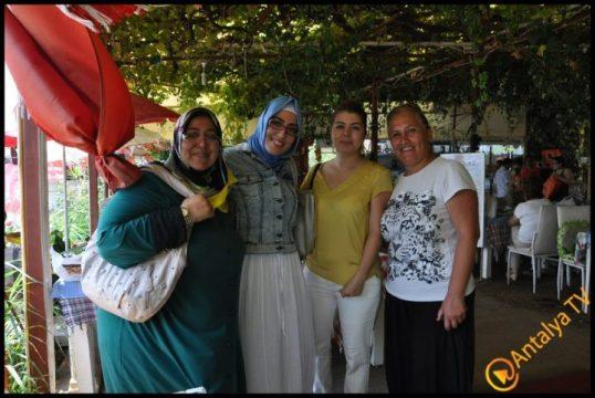 Kadınlar Kulübü Efsane Köy Kahvaltısı'nda (22)