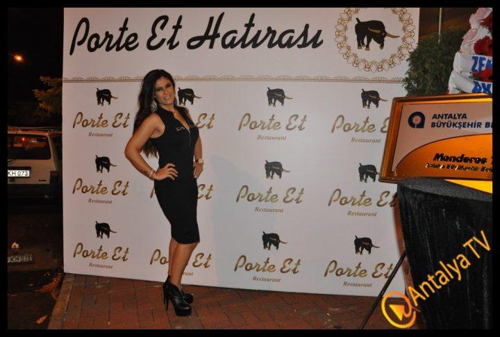 Porte Et Restaurant Açıldı.. (419)