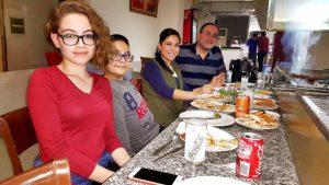 Adanalı Efem Ocakbaşı Antalya'da muhteşem eğlence