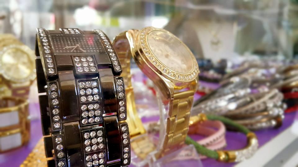 B & G Boutique Antalya – 0242 2295999 antalya takı mağazaları saat küpe yüzük kemer çanta modelleri (6)