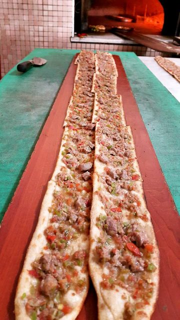 Akkuyu Mahallesi Paket Servis Tel 0242 227 2627 Miray Konyalı Etli Ekmek Uncalı (16)