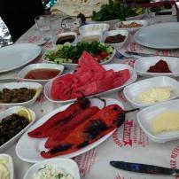 antalya kemer ulupınar en iyi restaurant kahvaltı yarıkpınar meydan restaurant (13)