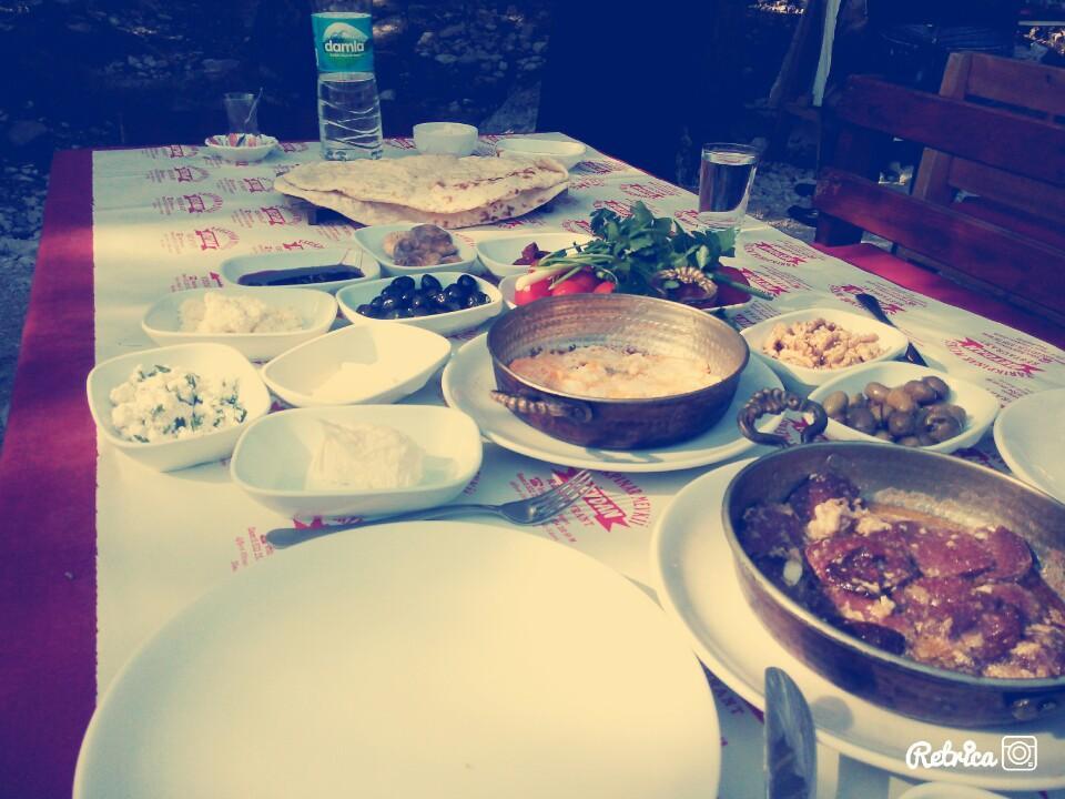 antalya kemer ulupınar en iyi restaurant kahvaltı yarıkpınar meydan restaurant (24)