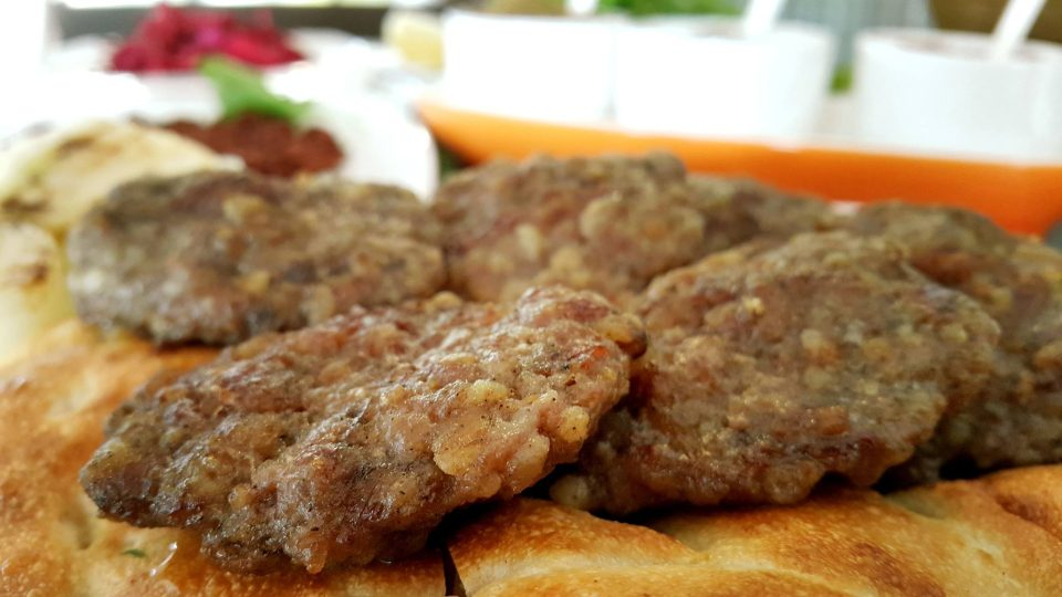 antalya-kofte-piyaz-siparis-0242-322-4141-cag-kebabi-etli-ekmek-pide-lahmacun-paket-servis-5