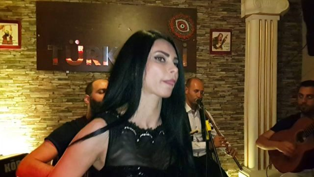 Elfida - Serpil Efe - Sıla Türkü Evi Antalya Türkü Barlar Canlı Müzik Türkü Bar