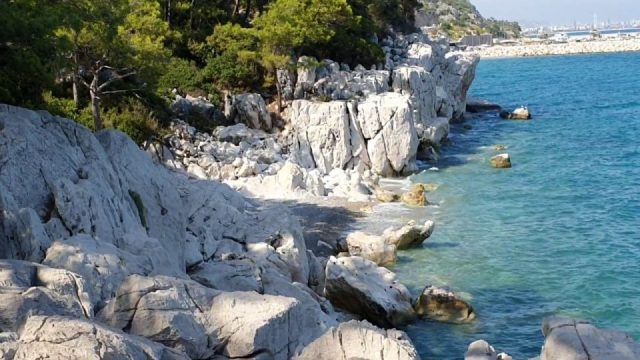Küçük Çaltıcak Kayalıkları Antalya Deniz Manzarası Doğal Güzellikleri