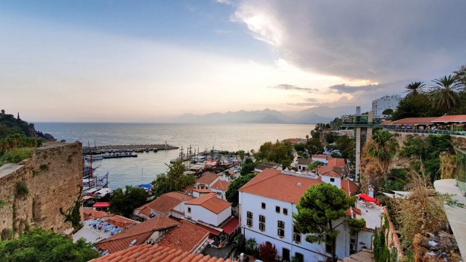 Antalya Ataturk Meydani Deniz Manzarasi (2)