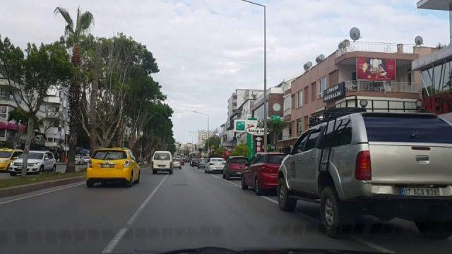 Dedeman Otel Kavşağı – İsmet Gökşen Cad – Laura AVM Kavşağı – Antalya Şehiriçi Şehir Merkezi Tatil