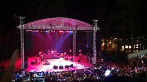 Uğurlar Olsun - Bir Pazar Sabahıydı - Selda Bağcan Antalya Konseri