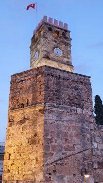 Kale Kapisi Saat Kulesi Kapali Yol Antalya Manzara (4)