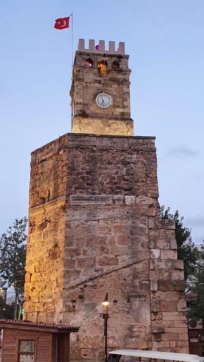 antalya kale kapisi saat kulesi kapali yol manzaralari (1)