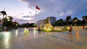 Atatürk Meydanı Akşam Üzeri Manzara