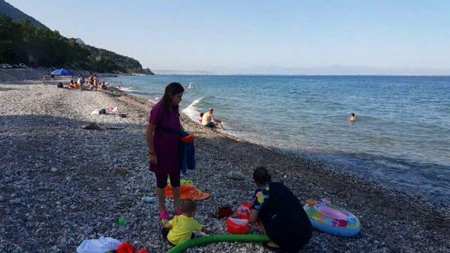 Kumsalda Yürüyüş Videosu Antalya Kargıcak Plajı Gezi Tur Tatil 1/4