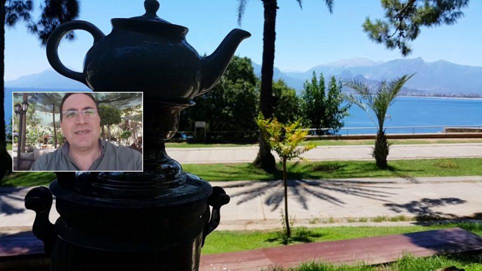Denize Karşı Semaverde Çay Keyfi – Karaalioğlu Parkı Antalya Gezi Tatil