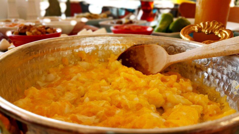 serpme kahvaltı fotoğrafları serpme kahvaltı ürünleri kahvaltı sunumu (52)