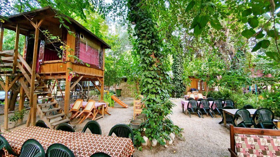 Serpme Kahvaltı Mekanları Antalya Çakırlar – Sakinler Gözleme Bazlama