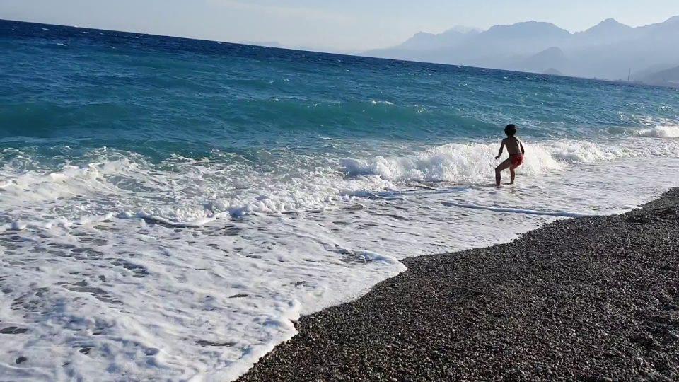 Konyaaltı Sahili Sonbahar Deniz Manzarası Antalya
