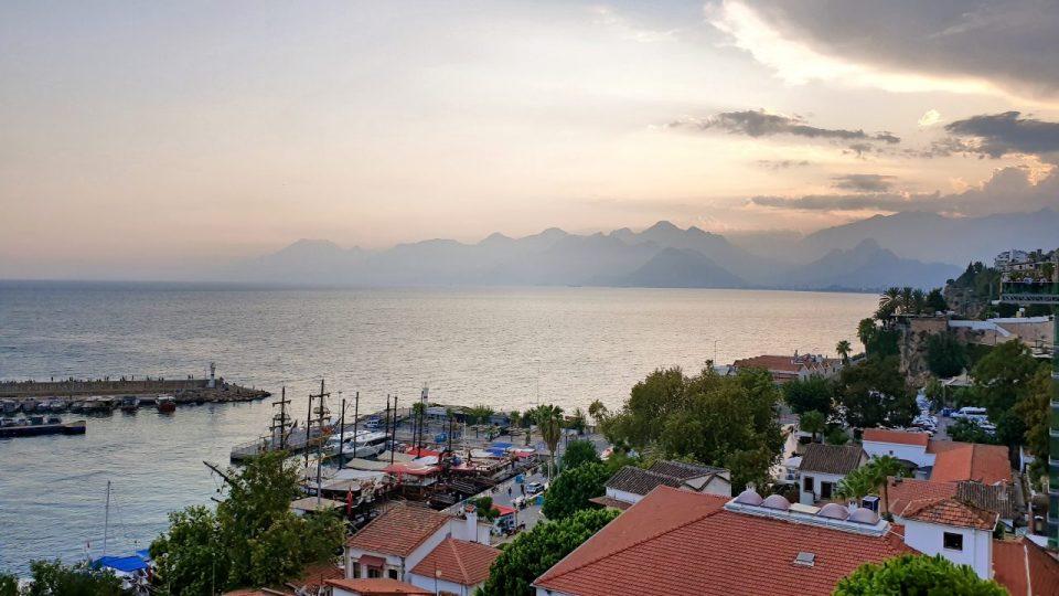 antalya cumhuriyet meydani yat limani kale içi deniz manzaralari (2)