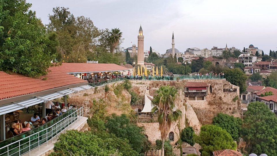 Tophane Çay Bahçesi Antalya Kaleiçi Fotoğrafları Antalya Manzarası