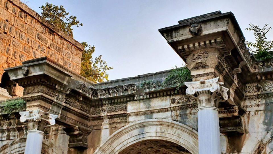 Üçkapılar Antalya Turistik Tarihi Mekanlar Gezilecek Yerleri Görülmesi Gereken Yerler (5)