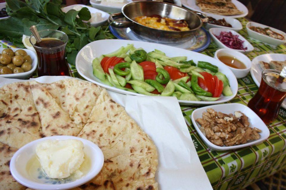 Antalya Kahvaltı Yerleri Sakinler Gözleme Bazlama Çakırlar (6)