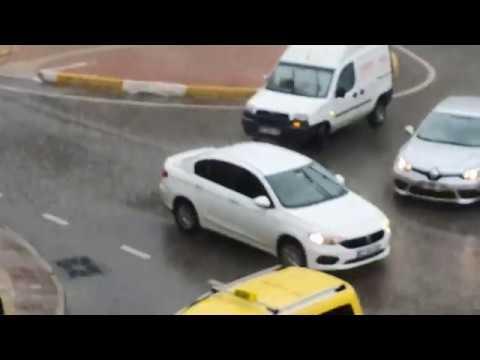 Antalya'da Şiddetli Yağış – Kış Geri Geldi