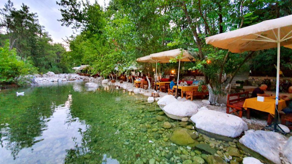 Kemer Doğal Güzellikler Gezilecek Yerler Kahvaltı Yarıkpınar Meydan Restaurant_20