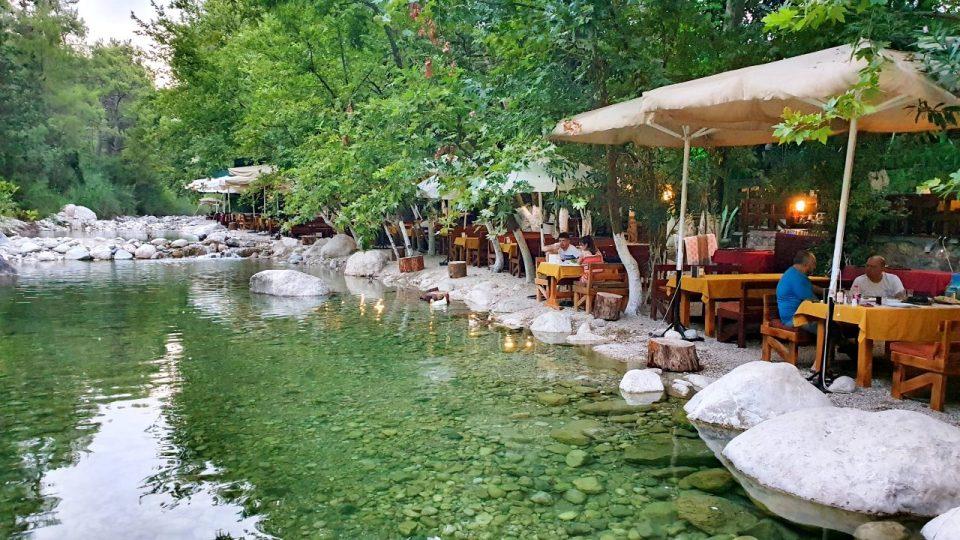 Kemer Doğal Güzellikler Gezilecek Yerler Kahvaltı Yarıkpınar Meydan Restaurant_21